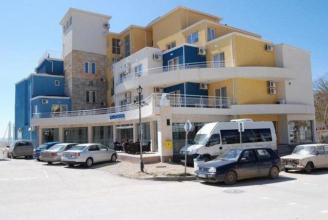 Хотел-ресторант Лотос